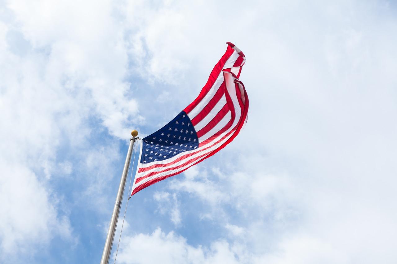 flag-1209484_1280